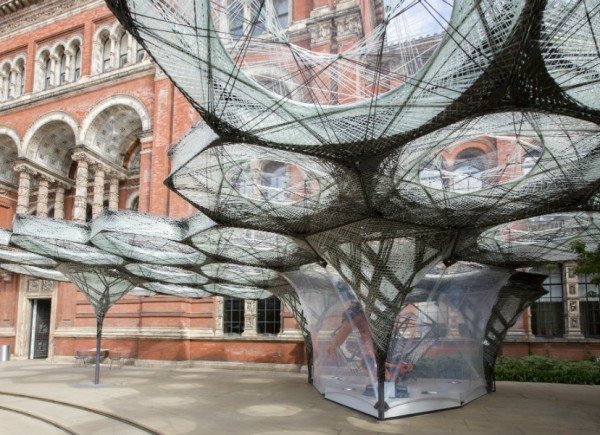 Elytra_Filament_Pavilion_at_the_VA_c_Victoria_and_Albert_Museum_London_6