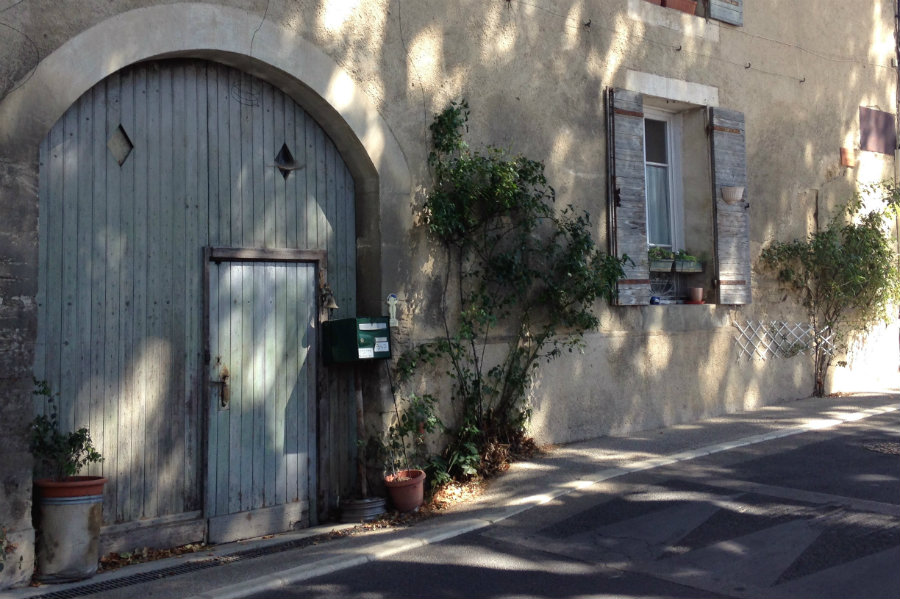 cucuron-street