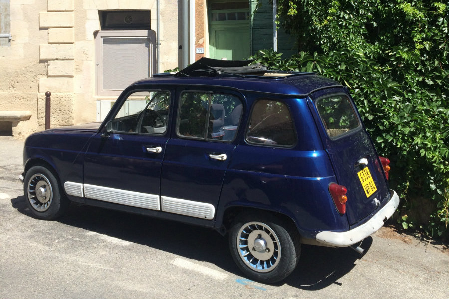 Provence retro car