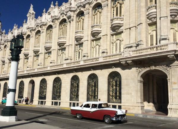Havana retro car