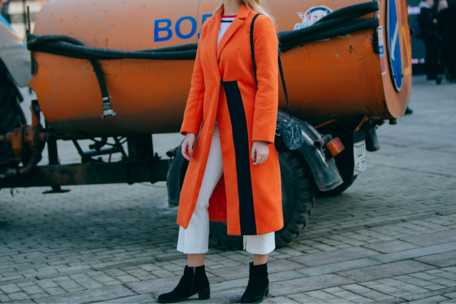 streetstyle orange coat Fashion Week Russia