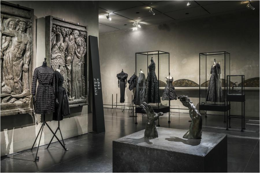 """""""Balenciaga, l'œuvre au noir"""" at Palais Galliera, Musée Bourdelle"""