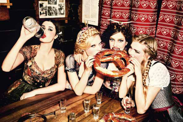 Ellen von Unwerth_from the series Heimat_Bavaria_2015_copyright Ellen von Unwerth