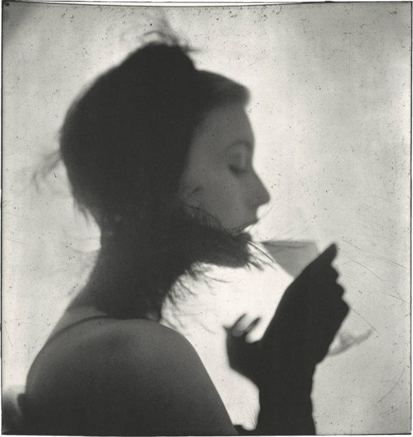 Girl Drinking (Mary Jane Russell) irving penn