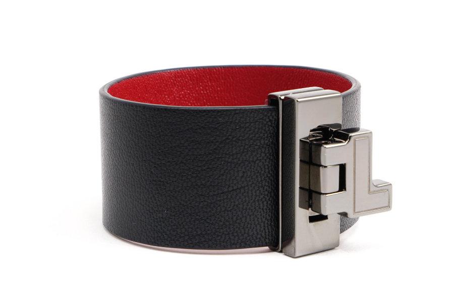 LIA black bracelet