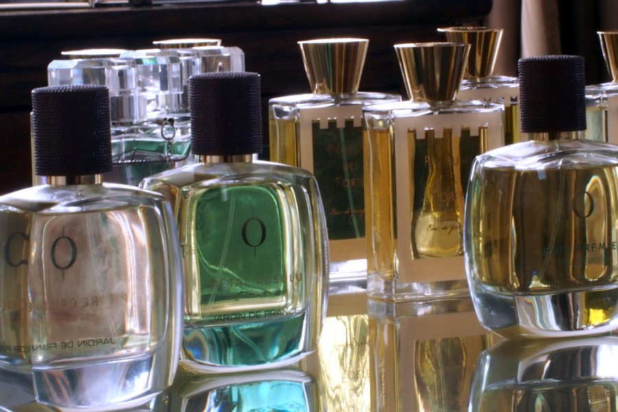 perfume Rosa Mundi
