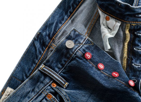 levis 501 red detail