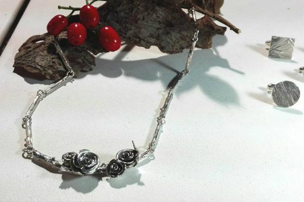 novitas jewellery flowers