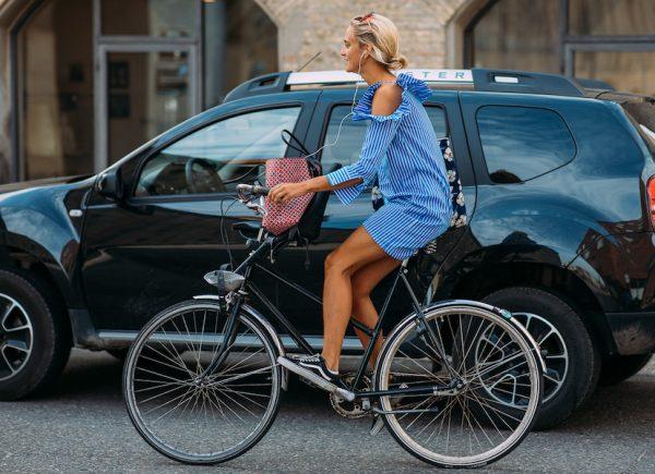 copenhagen fashion week street style ss19 bike