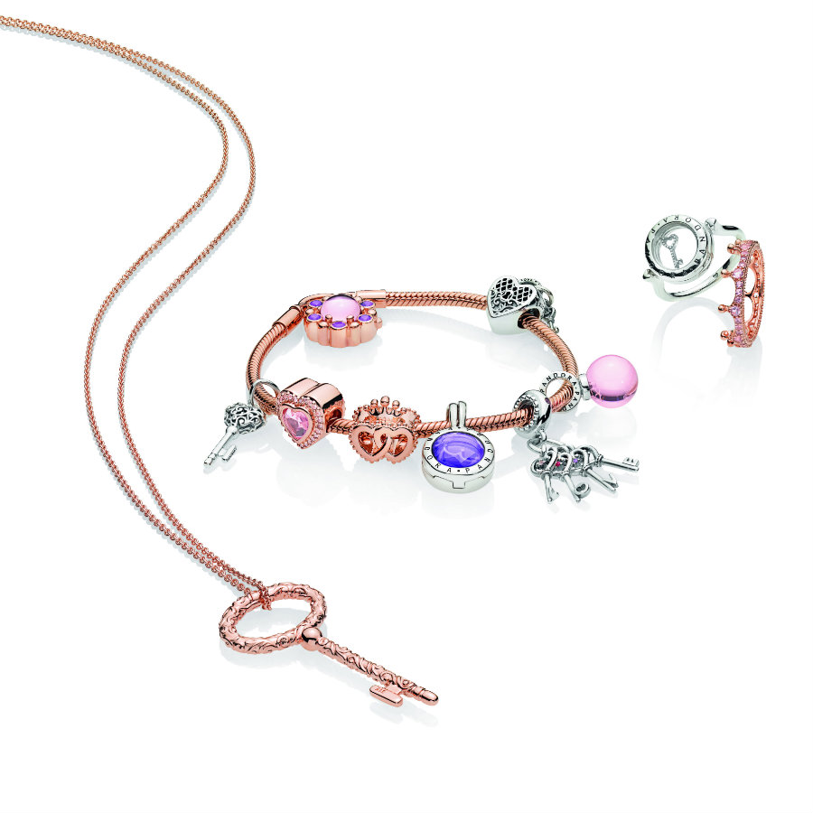 pandora necklace key