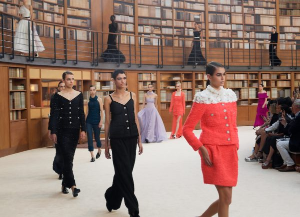 CHANEL fall winter 19:20 haute couture collection
