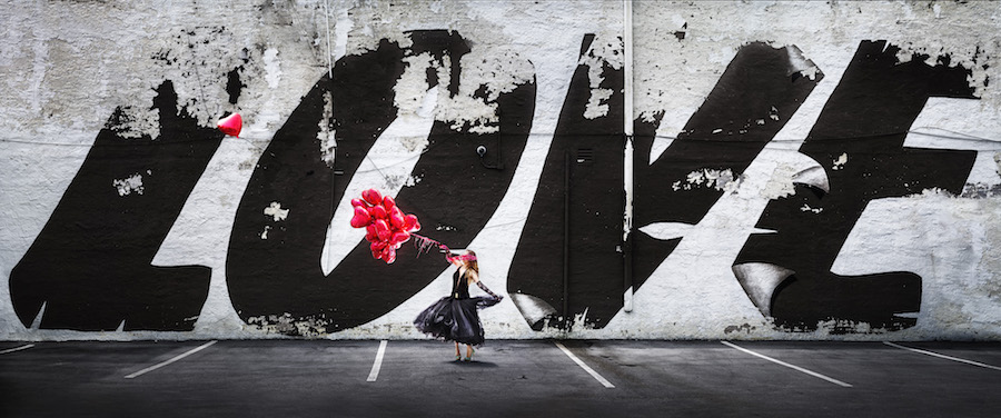 David Drebin_Love Is In The Air_C-Print_2018_copyright David Drebin_courtesy HIGH10 Collection