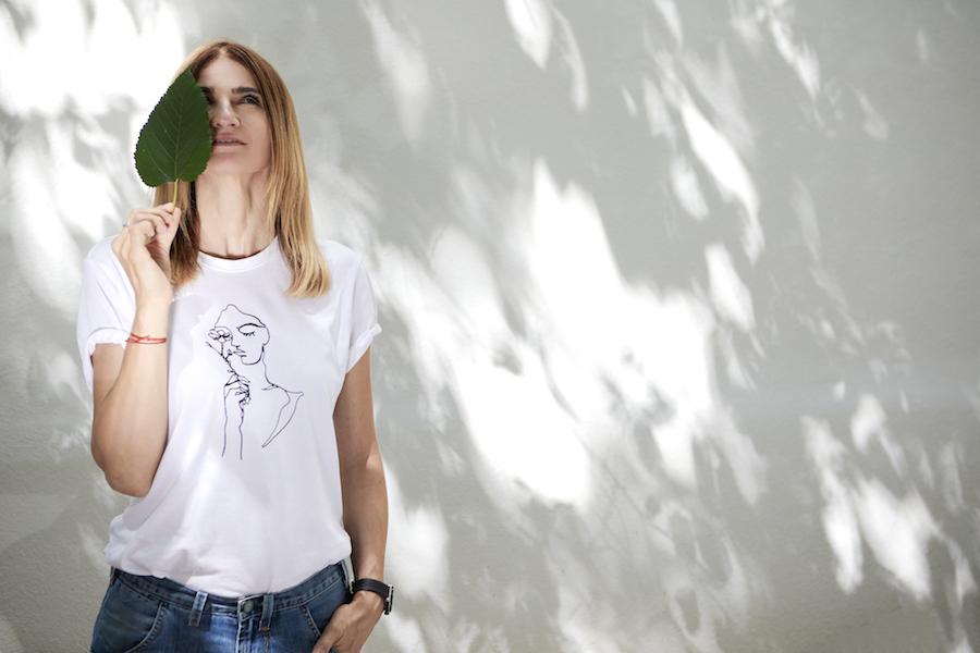 musat white tshirt